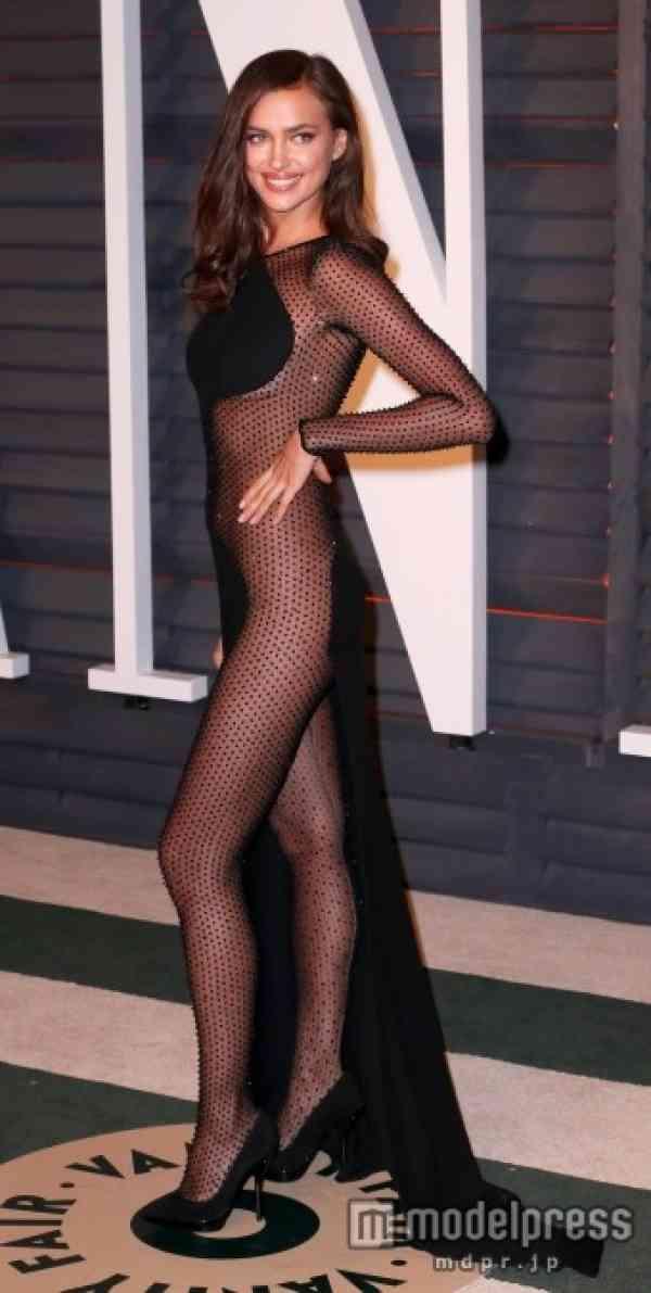 アカデミー賞アフターパーティーにノーパンドレスの美女セレブが登場 - モデルプレス