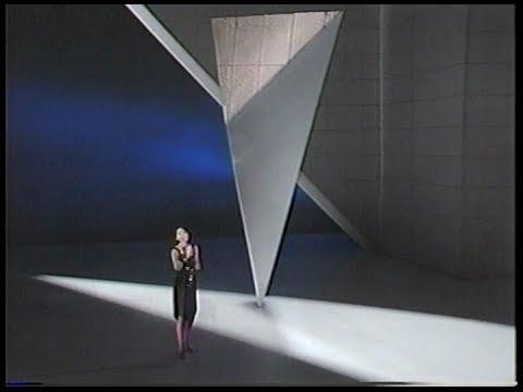 テレサ・テン 「つぐない」 「愛人」 「別れの予感」 - YouTube