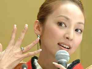 神田うのは離婚寸前だった!夫・西村拓郎氏の元愛人が告白