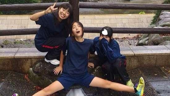 【爆笑】日本人女子高生の面白画像が海外で紹介され、怒涛のクソコラ祭りにwwwwwwwww : ユルクヤル、外国人から見た世界