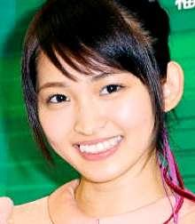 女優の岡本玲、店員の過剰接客に困惑。つぶやきに同意する声も多数