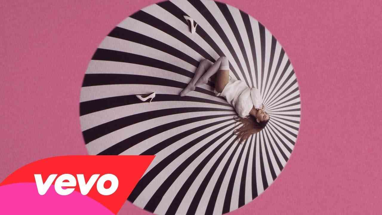 Ariana Grande - Problem ft. Iggy Azalea - YouTube