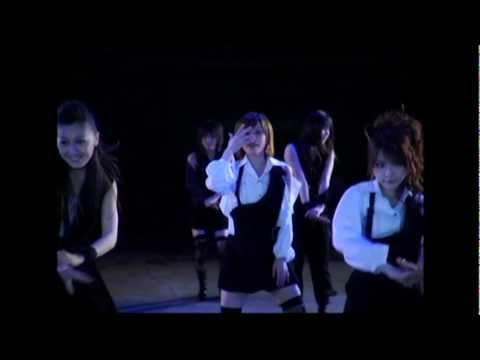 モーニング娘。 『リゾナント ブルー』 (MV) - YouTube