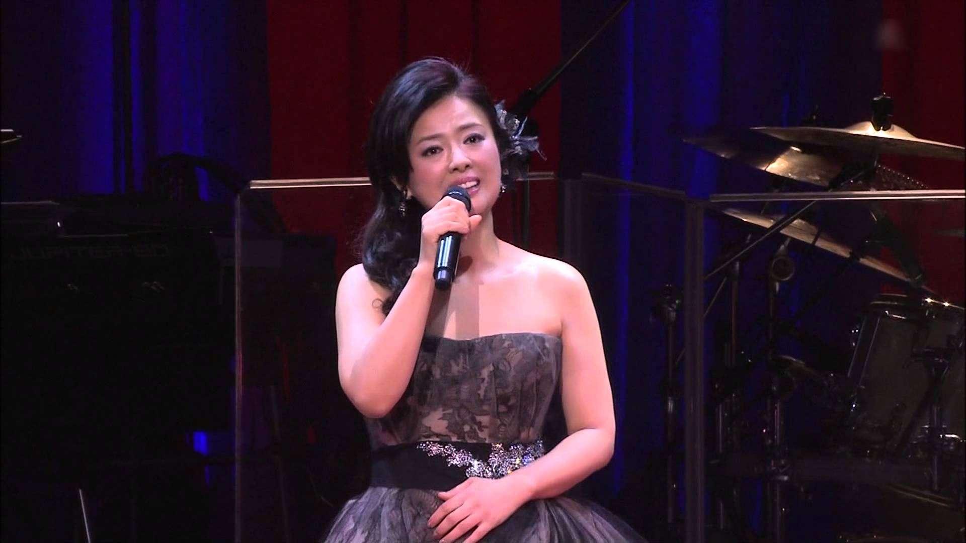 """薬師丸ひろ子 Woman""""Wの悲劇""""より (2013年10月) - YouTube"""