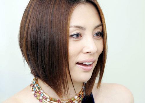 米倉涼子、前髪ざっくりカットの華やかイメチェンに「新鮮」