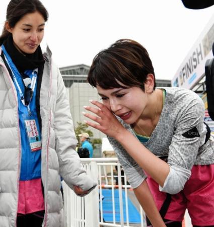 【東京マラソン】水沢アリー涙の完走…恋人・槙野智章に感謝