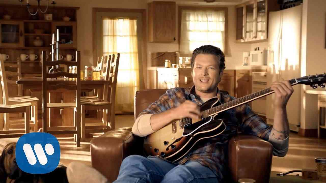 Blake Shelton - Honey Bee (Official Video) - YouTube