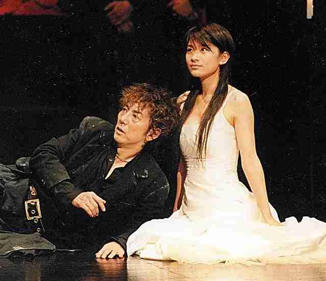 篠原涼子、夫婦酔わせた6歳長男の「パパみたいな俳優に」宣言