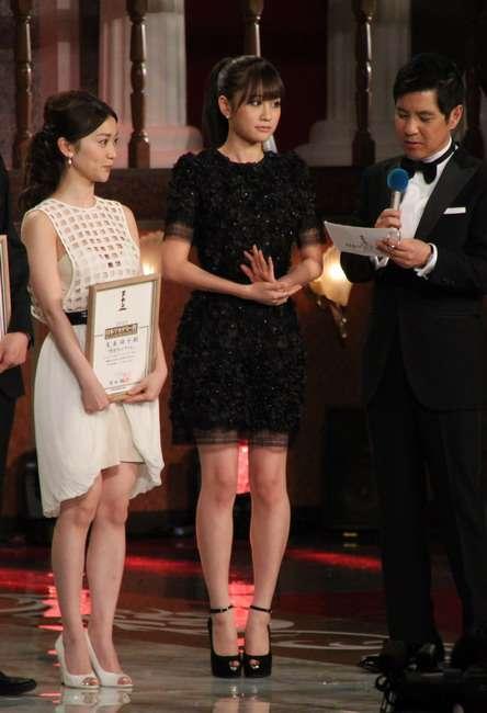 【日本アカデミー賞授賞式】大島優子、胸元ぱっくり!ド迫力巨乳→ネットでは激太りと話題に
