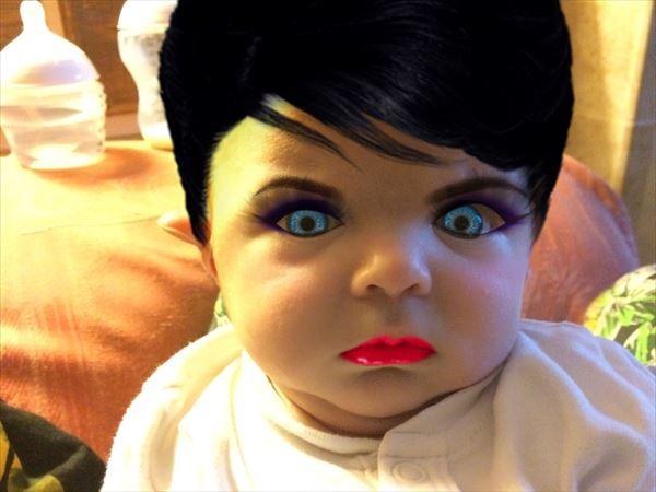 メイクアプリで加工した赤ちゃんの写真がホラーに!?かわいすぎるビフォー・アフター