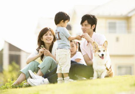 住んでる地域は子育てしやすいですか?