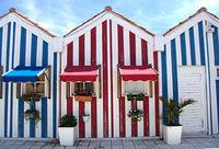 カラフルなストライプの街並みが可愛いビーチリゾート「コスタ・ノヴァ」(ポルトガル) - NAVER まとめ