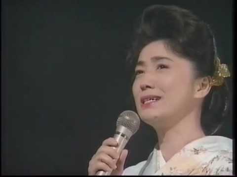 風の盆恋歌 石川さゆり 1993年 Ishikawa Sayuri - YouTube
