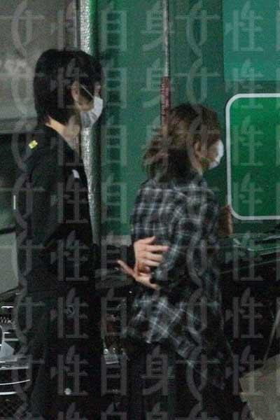 水嶋ヒロ&絢香、結婚6周年のツーショット公開…ファンから祝福の声