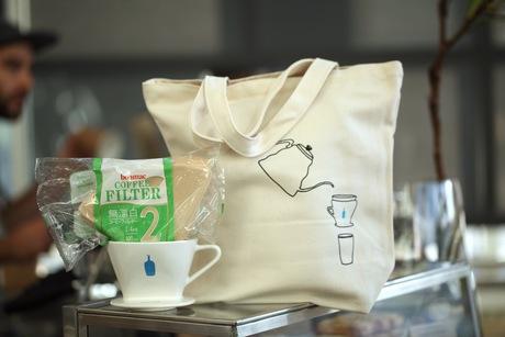 【大旋風】ついにブルーボトルコーヒーが清澄白河にオープン!開店前から300人の大行列