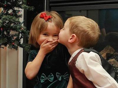 子供同士(中学生以下)がキスしてたら注意しますか?