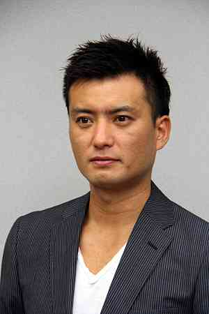 俳優の徳重聡「恋人います」「僕と違うところが好きです」と照れながら告白