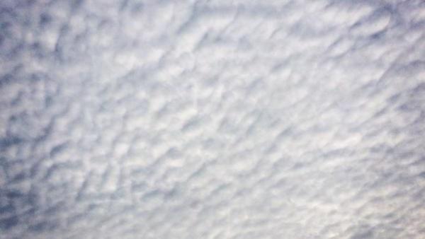 2015年2月16日地震関連情報 - 朝から関東地方で「地震雲か?」Twitterに画像が次々と流れネットで話題に | B.N.J