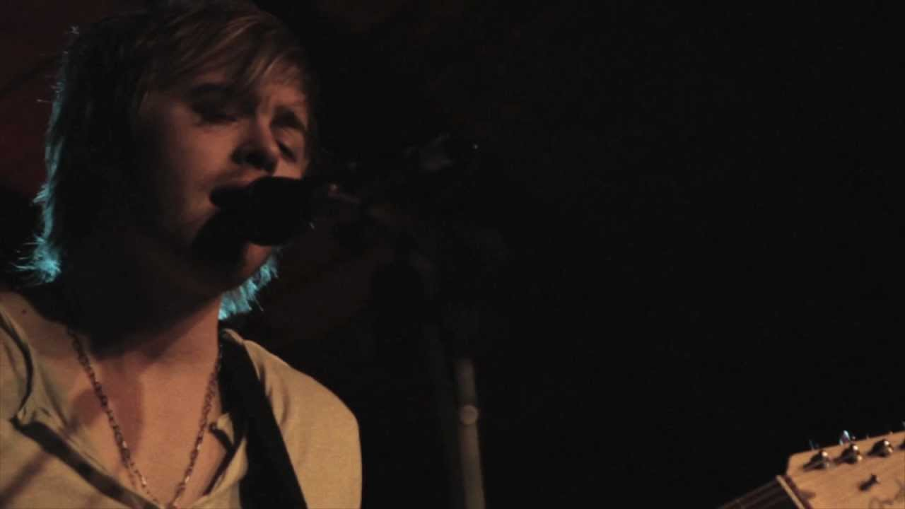 Joe Robinson - Out Alive - YouTube