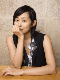 木村多江、孤高の看護師長役で新境地!大奥ばりの存在感でドラマを引き締める