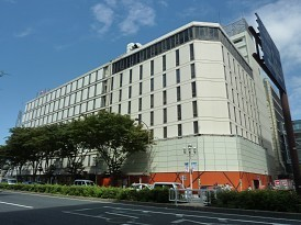 恵方巻き:生肉のまま販売 名古屋三越栄店 - 毎日新聞