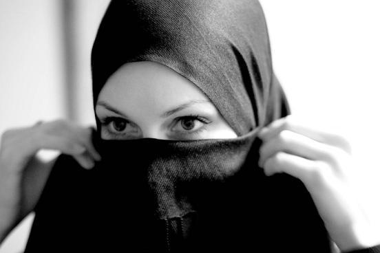 イスラム教徒を冒涜する少女の発言に批判殺到「イスラム人が連れ去ったりするらしい」「消えて欲しい」