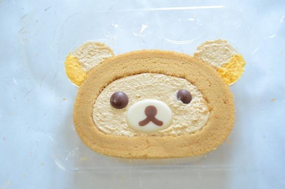 【未発売☆レビュー】ローソン「リラックマロールケーキ」はプリン好き歓喜の味 / かわいいけどかわいいだけじゃなかった!   Pouch[ポーチ]