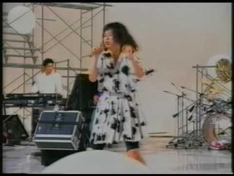 レベッカ   プライベイト・ヒロイン - YouTube
