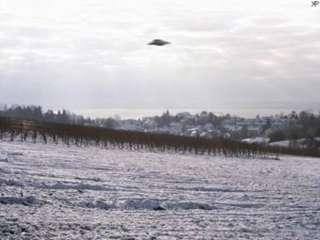 UFO見たことある人?! 信じてる人?!