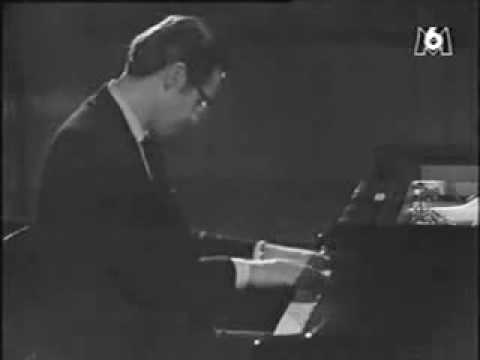 Stella by Starlight - Bill Evans Trio. - YouTube