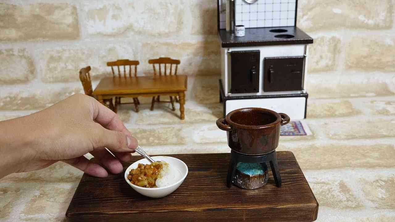 Mini Food Curry 食べれるミニチュア カレーライス - YouTube