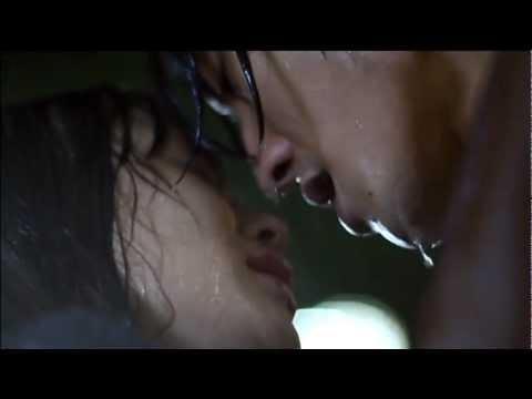 第11話 びしょ濡れのキス - YouTube