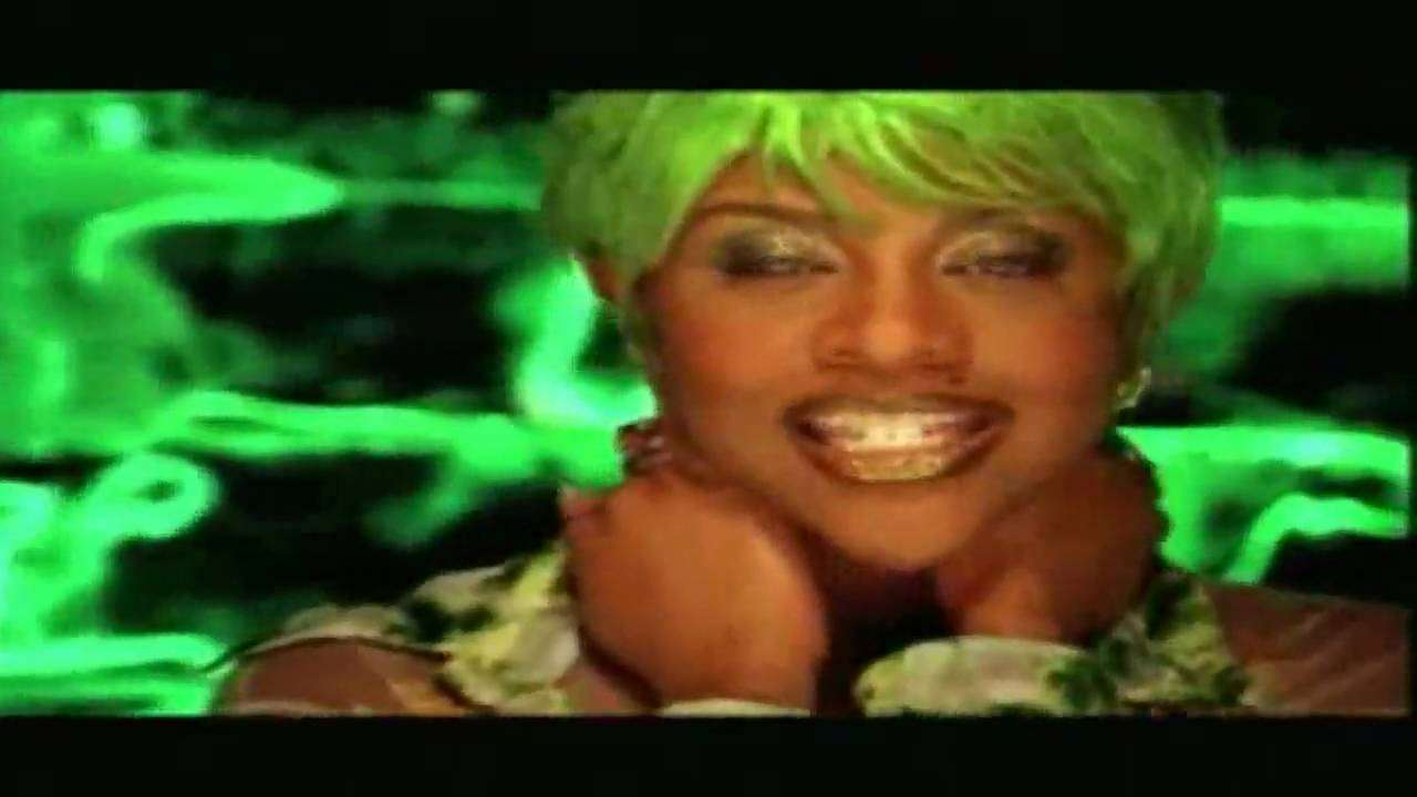 Lil Kim ft. Lil Cease - Crush On You - YouTube