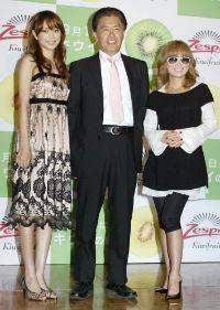 ローラ、歌姫リアーナとグラミー賞で会話!ファンから驚きの声