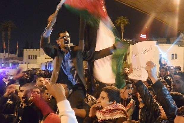 「パイロット殺害」:ヨルダン国民、衝撃映像に憤り悲しみ - 毎日新聞