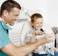 画像 : 虫歯予防にはフッ素配合歯磨き粉!歯磨き粉の選び方 - NAVER まとめ