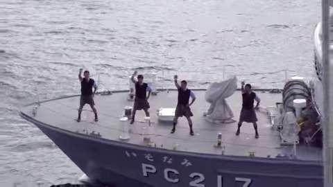 【海外の反応】 パンドラの憂鬱 海外「自由な国だなぁ」 お茶目過ぎる海上保安官達の姿に外国人衝撃