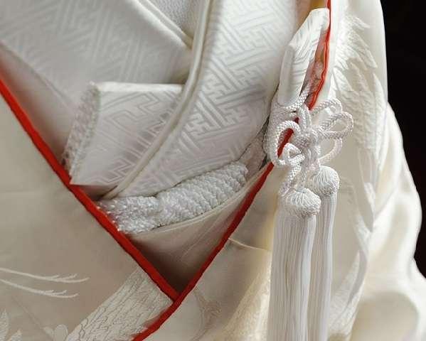 「結婚式」 白無垢と赤い打ち掛けのほんとうの意味。 | 和の素敵