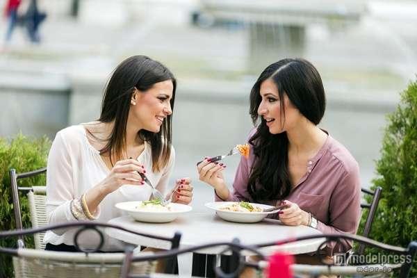 スレンダー女性の「食習慣」5つ - モデルプレス