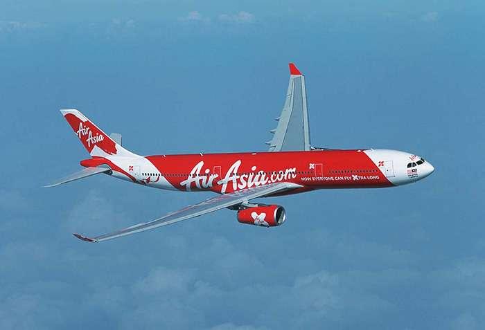 インドネシア・スラバヤ発シンガポール行きのエア・アジアの航空機、消息絶つ