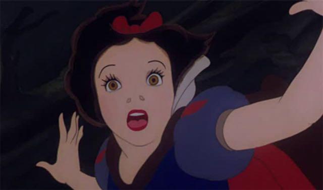 ディズニーが封印しようとした禁断の白雪姫アート | コタク・ジャパン