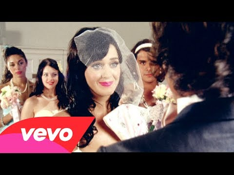 Katy Perry - Hot N Cold - YouTube