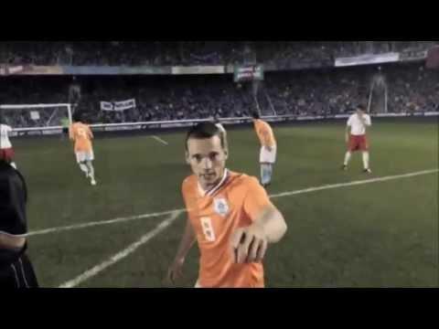 """ナイキ CM アーセナル ー オランダ代表 """"Arsenal ー Nederlands voetbalelftal"""" Nike football commercial 2013 - YouTube"""