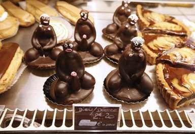 裸の男女のカップケーキに撤去命令、「人種差別的」 写真2枚 国際ニュース:AFPBB News