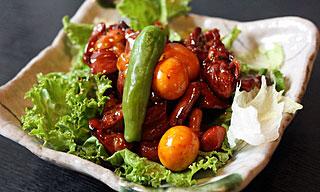 甲府鳥もつ煮と人気の一品料理 甲州流手打ちそば処 奥藤本店