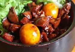 ご当地グルメ「甲府鳥もつ煮」でまちを元気に!「甲府鳥もつ煮で みなさまの縁をとりもつ隊」オフィシャルサイト