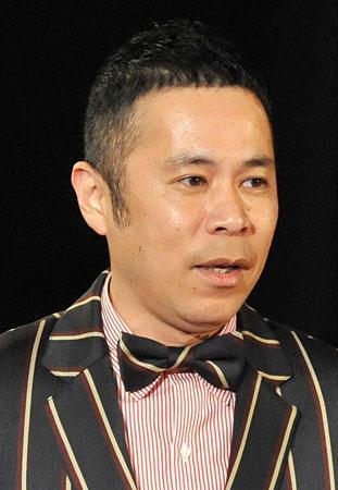 岡村隆史 関西ローカル番組で全裸姿を披露「まさかこんなことに」 - ライブドアニュース