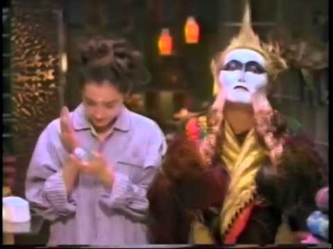 【CM】KOSE クリリア 一色紗英 デーモン小暮(1996年)その1 - YouTube