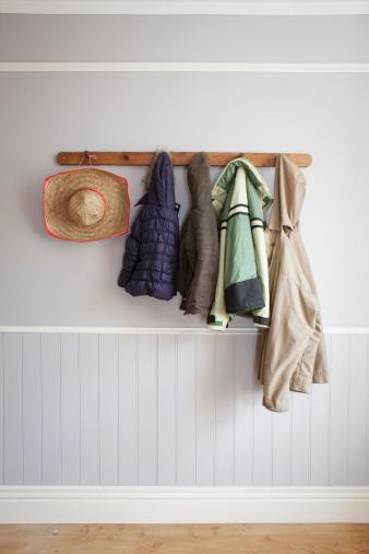 ヒルナンデスで紹介☆ 賃貸住宅でも壁収納OK! 壁に傷がつきにくい「壁美人」