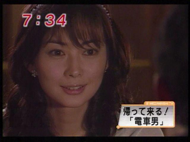 伊東美咲が夫の育児を諦める発言 夫は浪費家で大のキャバクラ好き